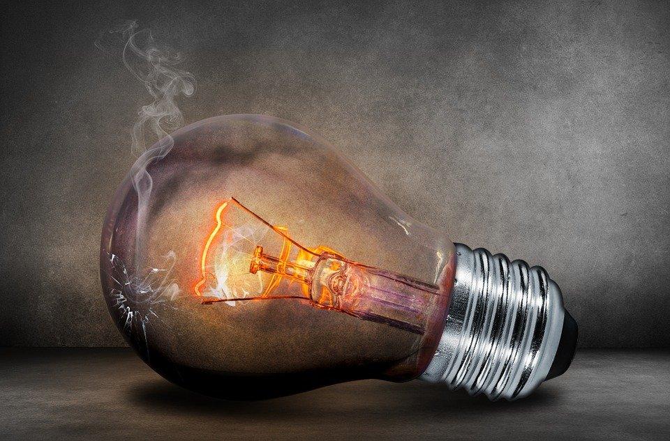 Лампочка, Лампы Накаливания, Дым, Трещина, Сломанной